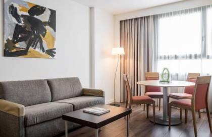 Habitación doble Superior del hotel Ilunion Valencia. Foto 3