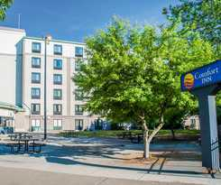 Hotel Comfort Inn The Pointe