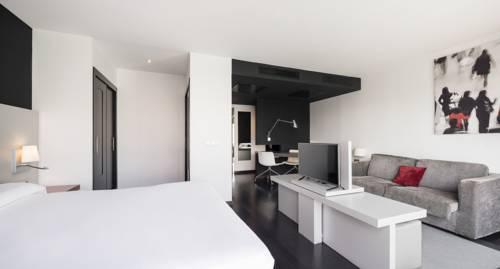 Habitación doble Superior del hotel Ilunion Atrium. Foto 1