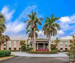 Hotel La Quinta Inn & Suites Naples Downtown