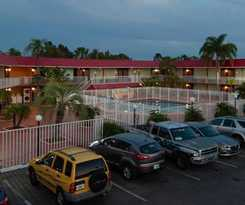 Hotel DAYS INN AND SUITES CLEARWATE
