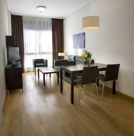 Apartamento 2 dormitorios Grande del hotel Compostela Suites. Foto 2