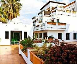 Apartamentos La Santa Cruz Resort