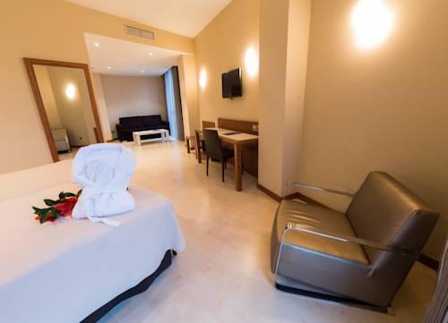 Habitación cuadruple  del hotel Sercotel Gran Bilbao