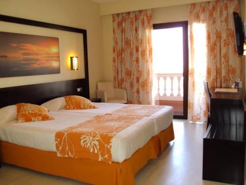 Habitación doble dos camas separadas del hotel Spa Cadiz Plaza
