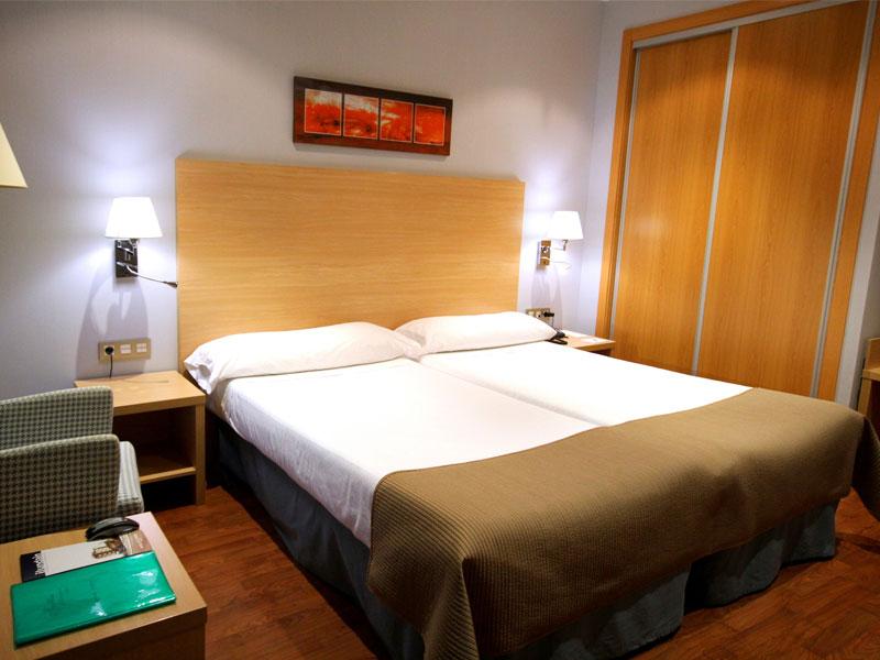 Habitación doble  del hotel Exe Sevilla Palmera