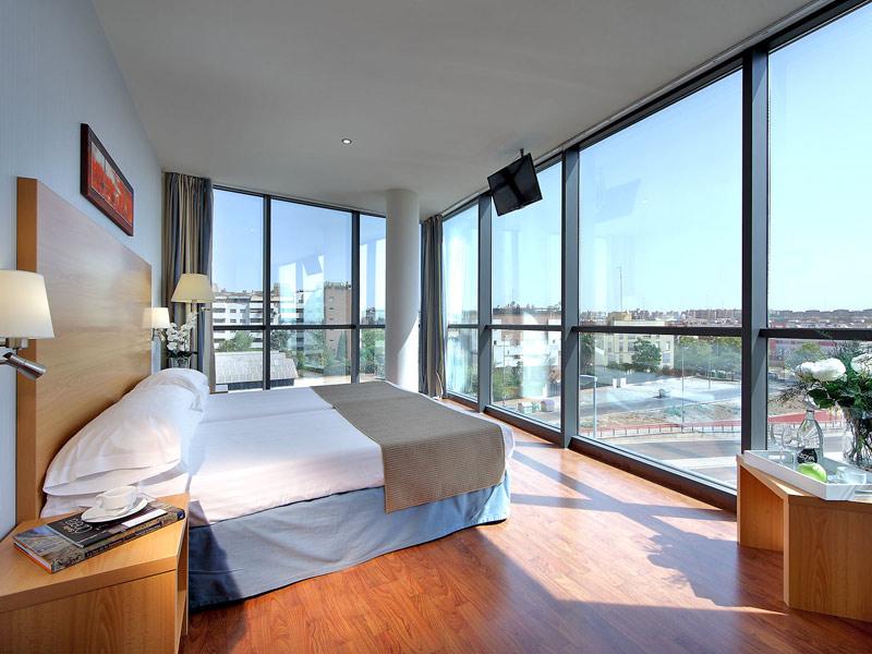 Junior suite  del hotel Exe Sevilla Palmera