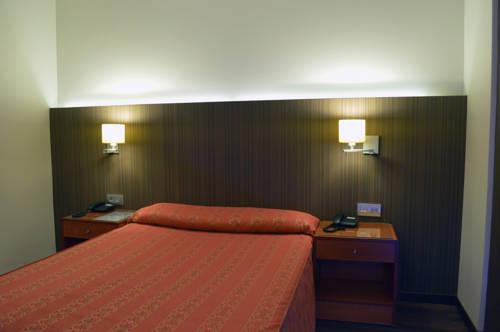 Habitación doble  del hotel De Francia y Paris. Foto 2