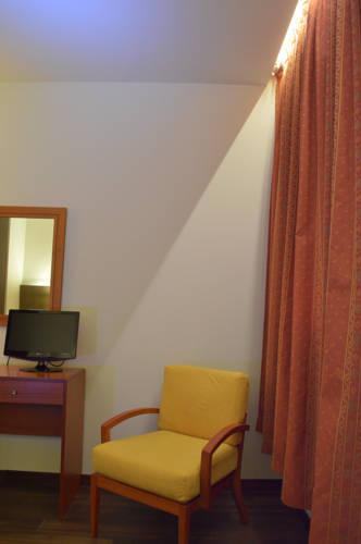 Habitación doble  del hotel De Francia y Paris. Foto 3