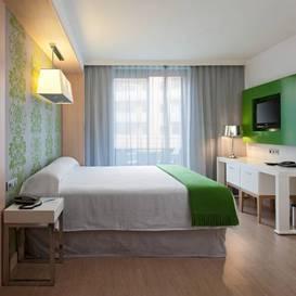 Habitación doble Balcon del hotel DoubleTree by Hilton Girona