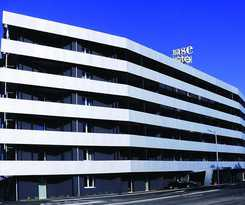 Hotel Base To Stay
