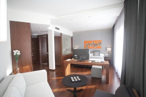 Carris Premium del hotel Carris Marineda. Foto 1
