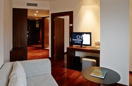 Suite  del hotel Carris Marineda. Foto 2