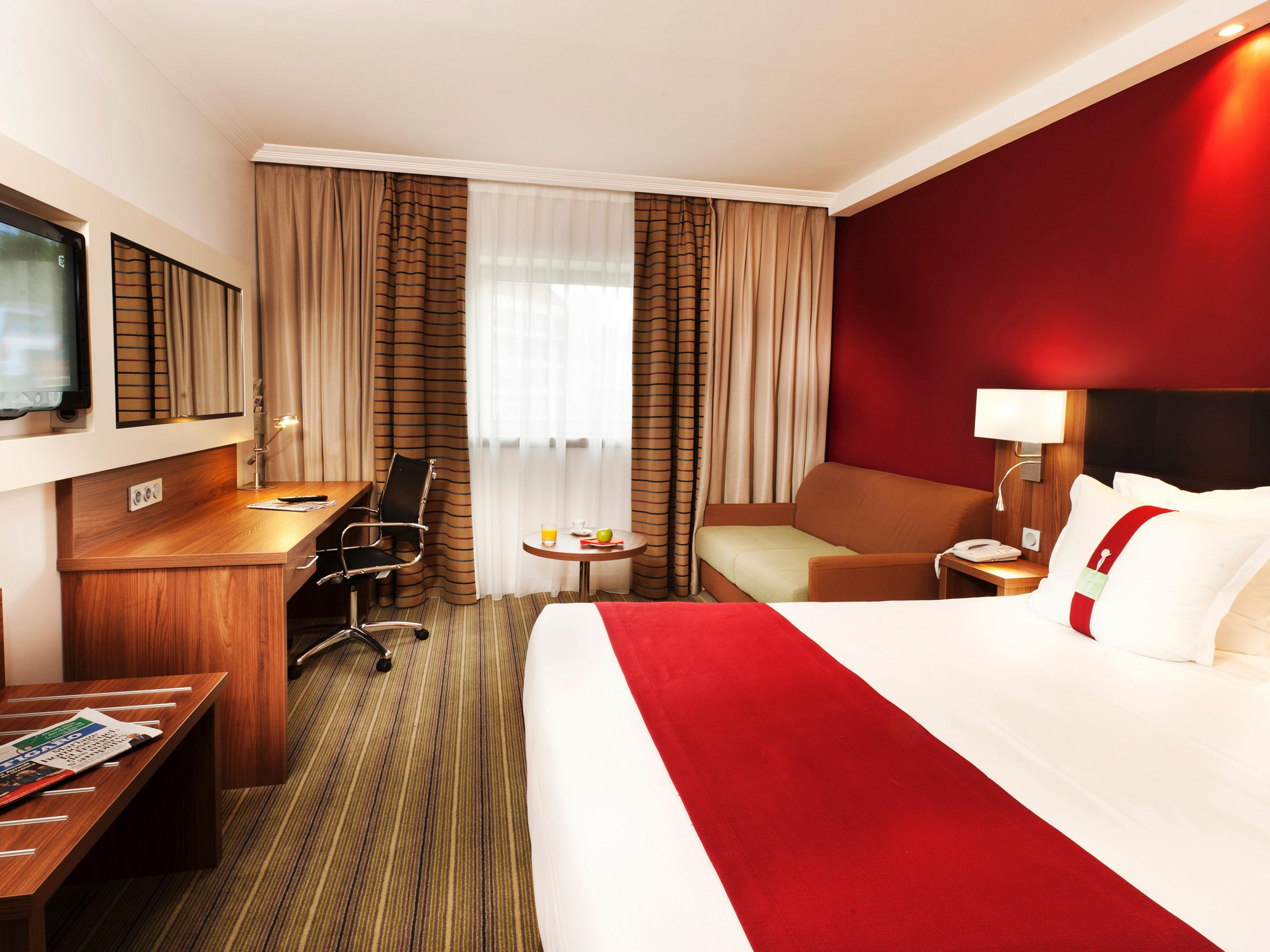 Hotel holiday inn paris marne la vall e barat simo for Habitacion familiar disneyland paris
