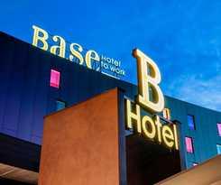 Hotel Base To Work