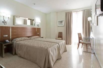 Habitación doble dos camas separadas del hotel Gran Hotel Corona Sol