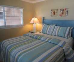 Hotel Barefoot Beach Condo Resort