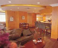 Hotel Howard Johnson Plaza