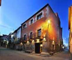 Hotel Cal Rotes