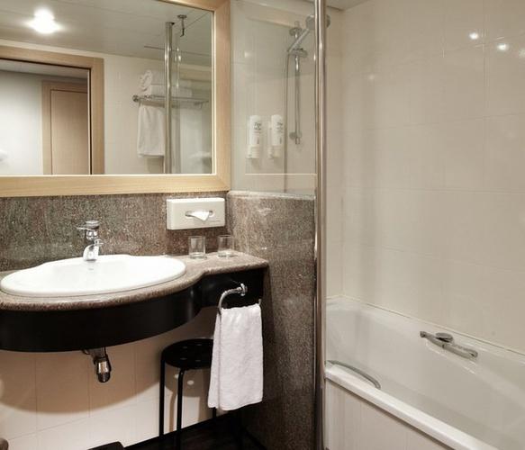 Habitación familiar  del hotel Holiday Inn Andorra