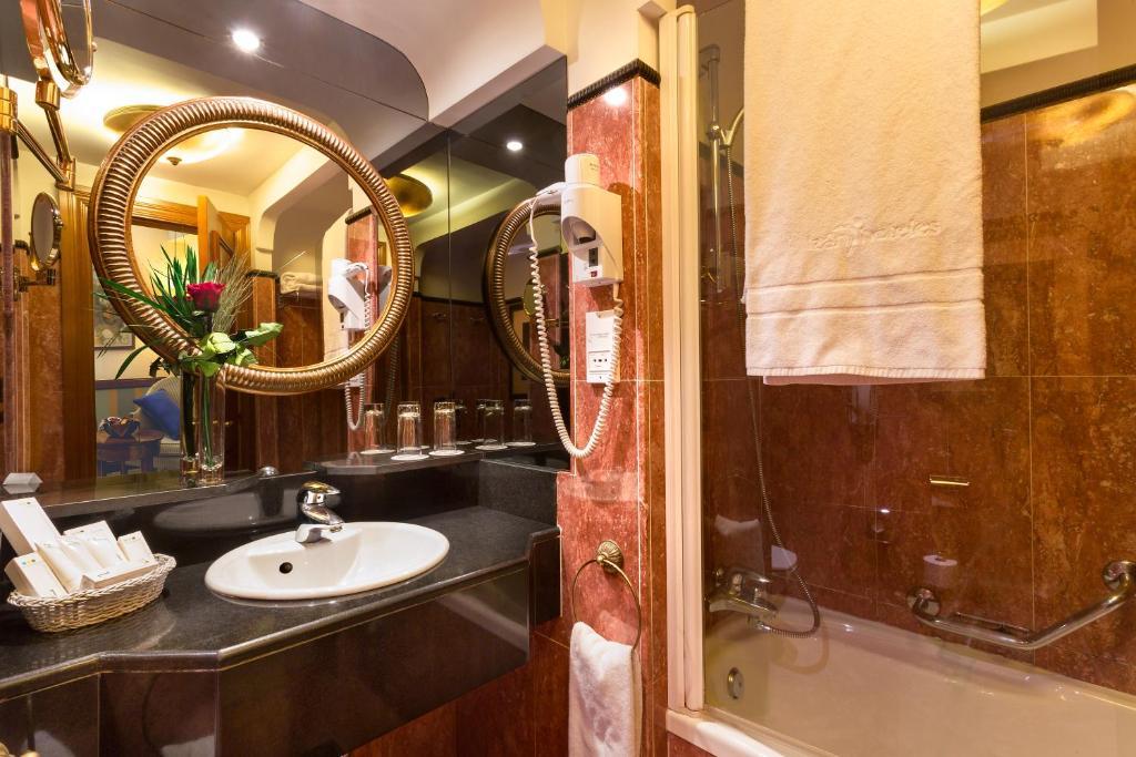 Habitación individual  del hotel IZAN AVENUE LOUISE