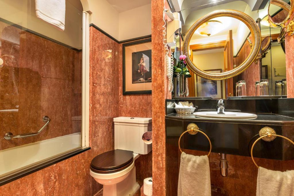 Habitación doble  del hotel IZAN AVENUE LOUISE. Foto 1